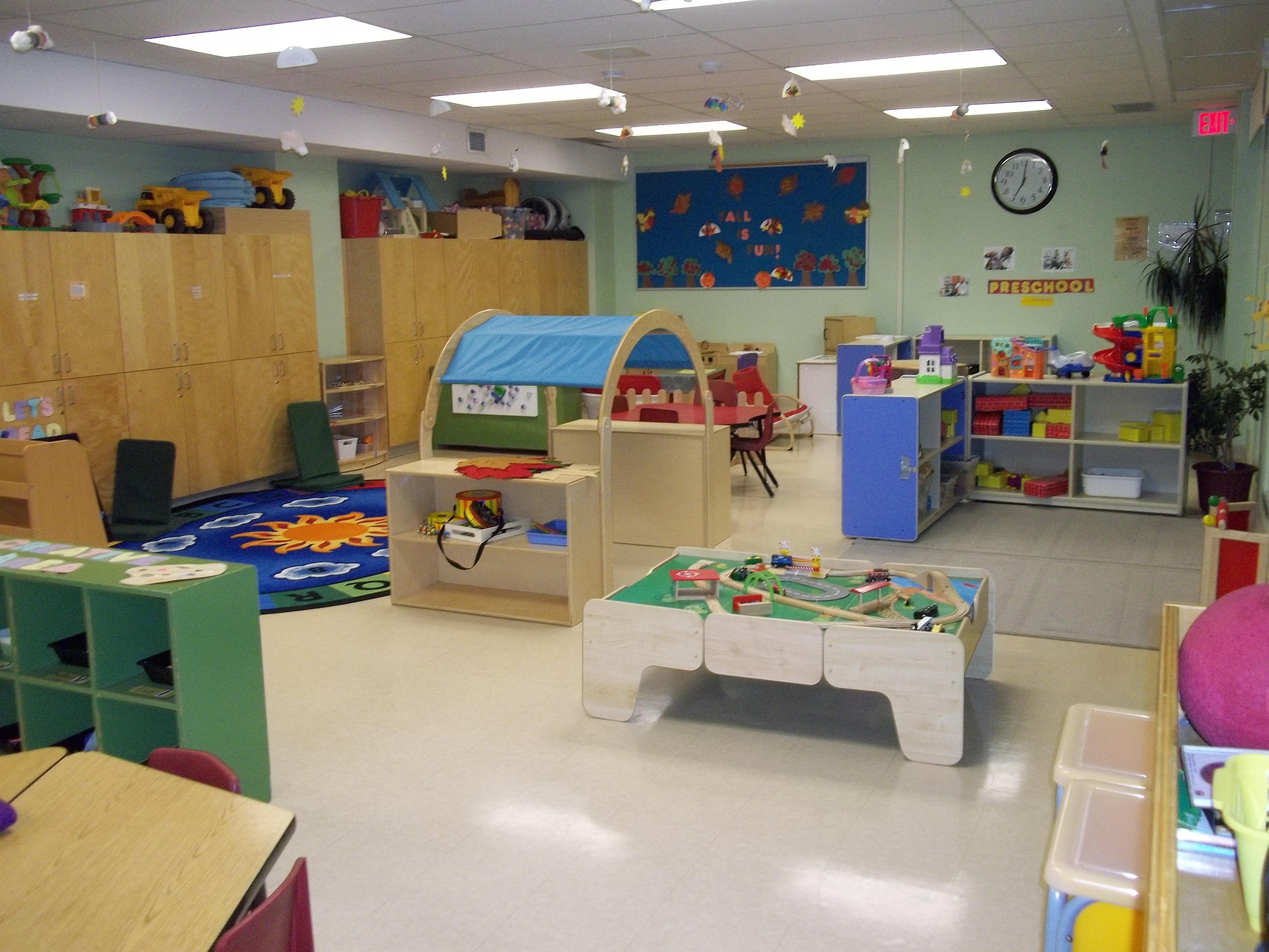 Gallery cpvcsap vanier co operative childcare centre for Childcare centre